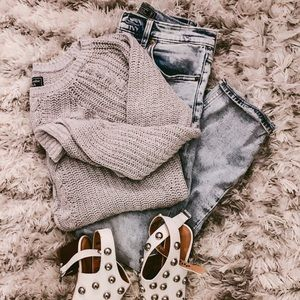 Abercrombie knit sweater 🤍
